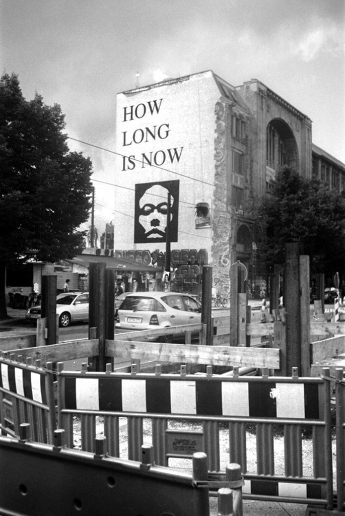 How long is now, façade du Tacheles.