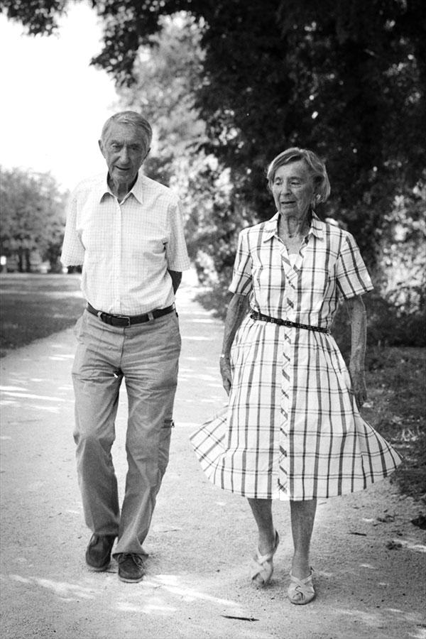couple-vieux-parc